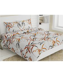 Haus & Kinder Cotton King Size Bedsheet 2 Pillow Covers Autumn Leaves Print - Yellow