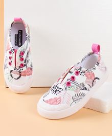 Cute Walk by Babyhug Canvas Shoes Leaves Print - White