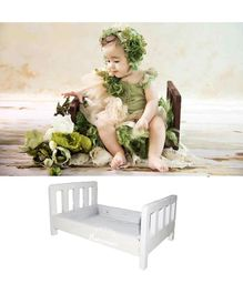Babymoon Wooden Bed Photoshoot Prop - White
