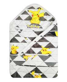 Pokemon Hooded Wrapper - Black White