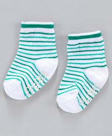 Cute Walk by Babyhug Ankle Length Anti Skid Striped Socks - Green White