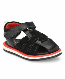 Tuskey Solid Sandals - Black