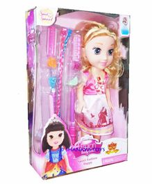 Shanaya Doll with Beauty Accessories - Multicolor