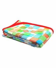 Wonder Wee Soft and Smooth Cotton Printed Blanket - Multicolor