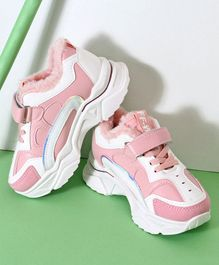 Hoppipola Color Block Velcro Closure Shoes - Pink & White