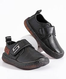 Hoppipola Velcro Closure Shoes - Black