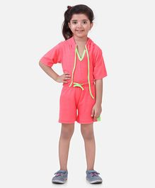 Lilpicks Couture Half Sleeves Solid Hooded Tee & Shorts Set - Pink