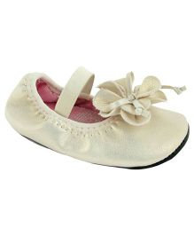 Baby Deer Walking Stage Ballet - Ivory
