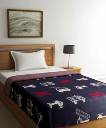 Pluchi On The Road & Up Cotton Knitted Throw Blanket - Navy & Red