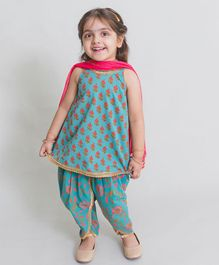 Tiber Taber Sleeveless Flower Print Kurta With Salwar - Blue