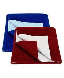 Mom's Home Bed Protector Dry Sheet Medium Size Blue & Maroon - Pack of 2