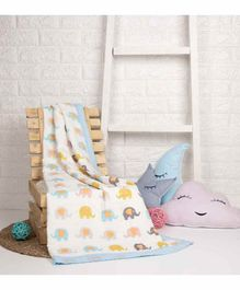 Kicks & Crawl Quilted Muslin Blanket Elephants Print - Multicolor