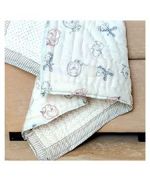 Ikeda Designs Reversible Baby Quilt Jungle Print - White