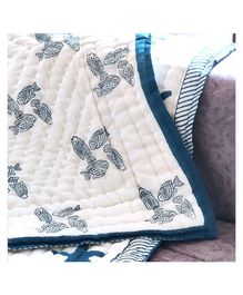 Ikeda Designs Reversible Baby Quilt Fish Print - White And Blue