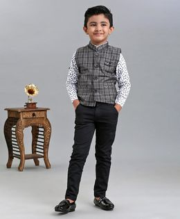 Dapper Dudes Full Sleeves Shirt With Checked Waistcoat & Bottom Set - Grey