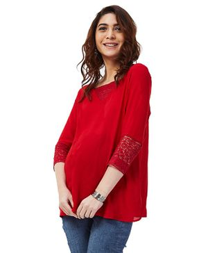 Nuthatch Maternity Crochet Sleeves Top - Red