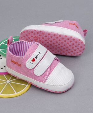 Cute Walk By Babyhug Booties - Pink White