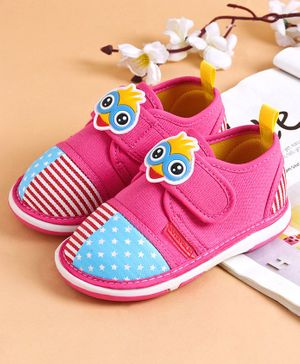 Cute Walk by Babyhug Canvas Casual Shoes Bird Patch - Dark Pink