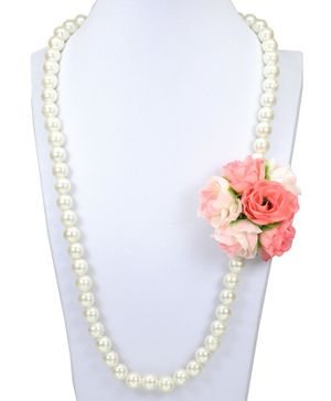 Asthetika Flower Embellished Pearl Necklace - Peach