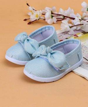 Cute Walk by Babyhug Casual Shoes Bow Applique - Light Blue
