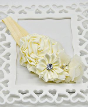 ELSANOA Flower Headband With Pearl & Crystal Detailing - Cream