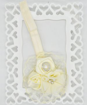 ELSANOA Triple Rose Headband With Pearl Detailing - Cream