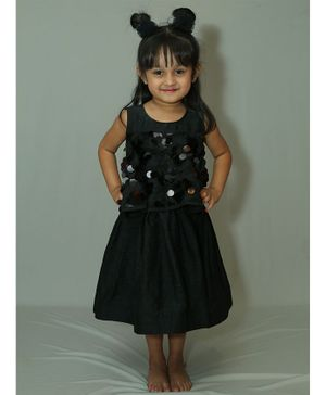 Varsha Showering Trends Sequined Sleeveless Dress  - Black