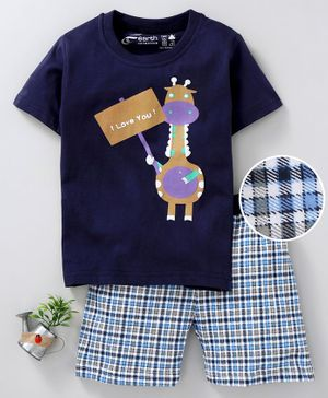 Earth Conscious Giraffe Print Half Sleeves T-Shirt & Checkered Shorts Set - Blue
