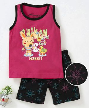 Earth Conscious Rabbit Print Sleeveless T-Shirt & Shorts Set - Pink & Black