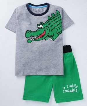 Lazy Shark Crocodile Print Half Sleeves T-Shirt & Shorts Set - Grey & Green