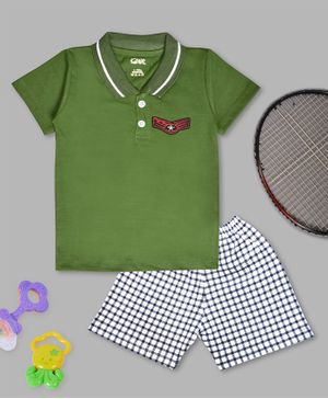 Kiwi Half Sleeves Tee & Checked Shorts Set - Green