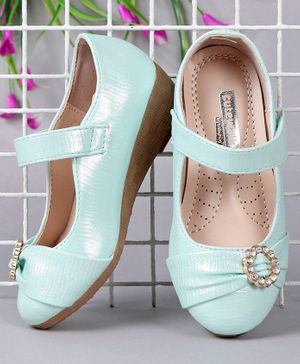 Cute Walk by Babyhug Shimmery Bellies With Studded Embellishment - Sea Green