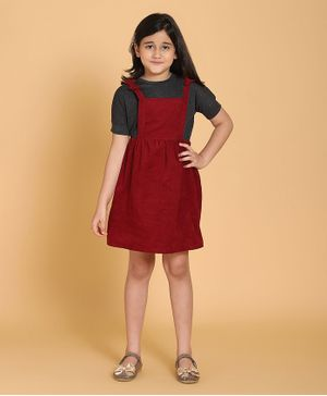 Piccolo Solid Half Sleeves Tee With Dungaree Style Dress - Maroon