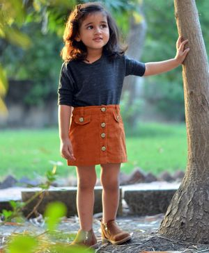 Piccolo Solid Half Sleeves Tee With Button Down Skirt - Orange & Grey