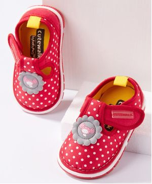 Cute Walk by Babyhug  Casual Shoes Dots Print - Red