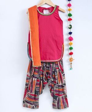 Kidcetra Sleeveless Kurta With Leaves Printed Salwar & Contrast Dupatta - Orange & Pink