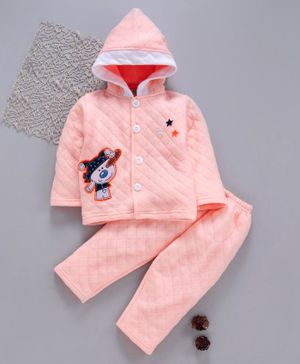 Tappintoes Full Sleeves Quilted Hooded Tee With Lounge Pant Snow Man Patch - Peach