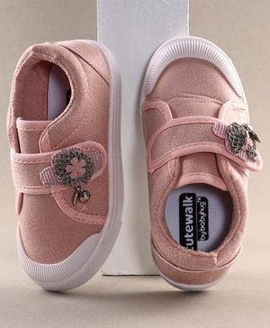 Cute Walk by Babyhug Casual Shoes Flower Applique - Pink