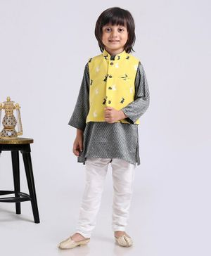 Exclusive From Jaipur Full Sleeves Kurta And Pyjama With Jacket Rabbit Print - Grey Yellow