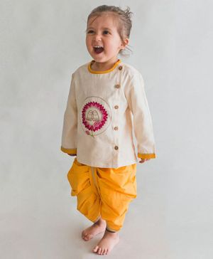 Tiber Taber Krishna Lotus Feet Embroidered Full Sleeves Kurta & Dhoti Set - Off White