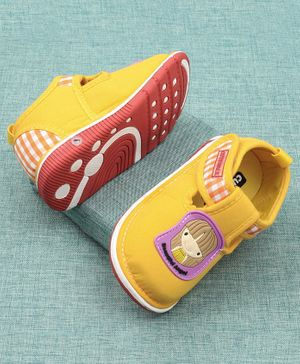 Cute Walk by Babyhug Casual Shoes Doll Patch - Yellow