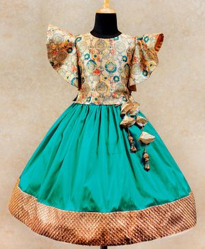 Li&Li BOUTIQUE Half Butterfly Sleeves Motif Print Choli With Lace Detailed Umbrella Cut Lehenga - Gold & Green