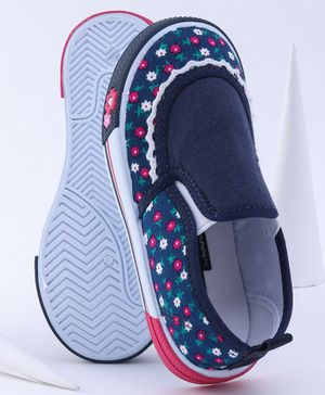 Cute Walk by Babyhug Casual Shoes Floral Print - Navy Blue