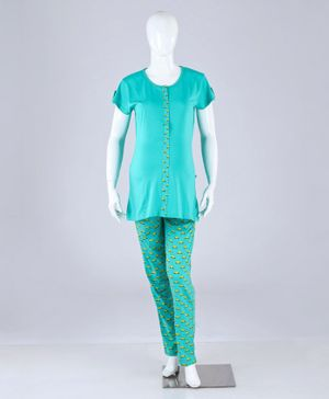 Kriti Half Sleeves Maternity Nursing Night Suit Car Print - Turquoise Green