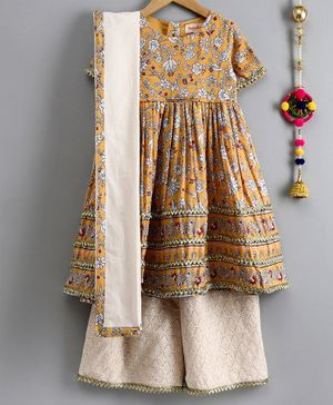 Hugsntugs All Over Floral Print Half Sleeves Lace Detailed Anarkali Kurta With Palazzo & Dupatta - Yellow & Beige