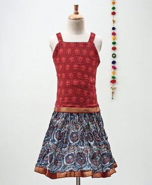 Kidcetra Dots Print Sleeveless Choli With Lehenga - Red & Blue