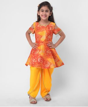 M'andy Paisley Print Half Sleeves Peplum Kurti With Dhoti - Yellow & Orange