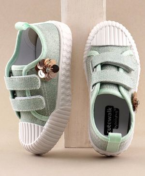 Cute Walk By Babyhug Casual Shoes Floral Motif - Green
