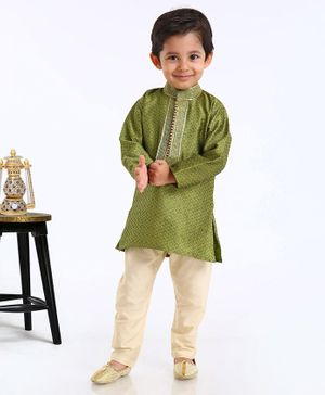 Ethnik's Neu Ron Full Sleeves Kurta & Pyjama Set Self Print - Green