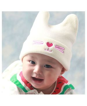 Syga Knitted Woolen Cap - White